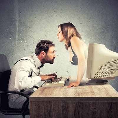 Sexy Scam Relies on Your Belief that Someone Was Watching